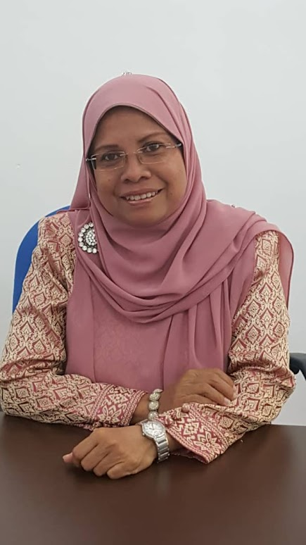 Dr. Razamin Ramli was born in Kedah, Malaysia on 11 August 1962. She obtained her B. Sc. in Mathematics-Statistics from Wichita State University, Wichita, Kansas, USA in 1984, M. Sc. in Applied Mathematics from California State University, Hayward, California, USA in 1989, and PhD in Operational Research-Artificial Intelligence from Universiti Sains Malaysia in 2004. At present, she is an Associate Professor at the Department of Decision Science in the School of Quantitative Sciences, Universiti Utara Malaysia. Her main research interests are in optimization, meta-heuristics, evolutionary algorithms, planning and scheduling problems, and mixed-methods. Dr. Ramli is a member of the Management Science and Operations Research Society of Malaysia (MSORSM), and also a member of the International Association of Computer Science and Information Technology (IACSIT).