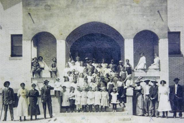 Only known photo of original Pierce Park structure
