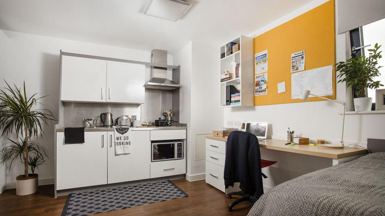 Student accommodation luxury houses in the UK