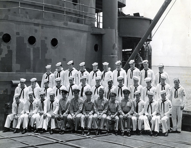 Sept. 1945, Manila, USS Barnstable cooks, storekeepers; Dick in second row, second from right