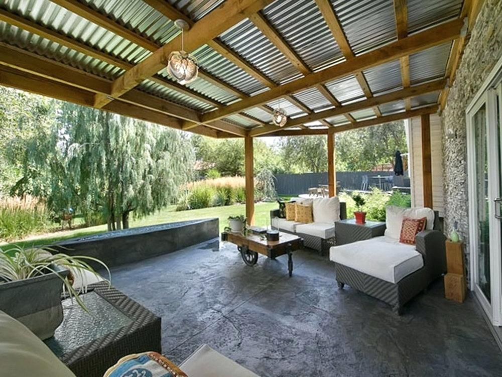 5 Ways to Use Corrugated Metal in Your Home