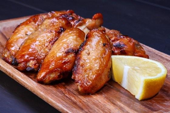 Куриные крылышки, запеченные в лимонном сиропе рецепт – закуски. «Еда»
