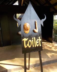 https://www.overwinteren-in-thailand.nl/wp-content/uploads/2019/03/toilet-sign-baan-dam-chaingrai.jpg