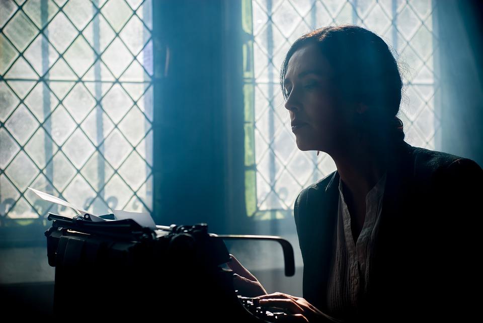 Old-To-Write-Writer-Machine-Machine-Writing-1421099.jpg