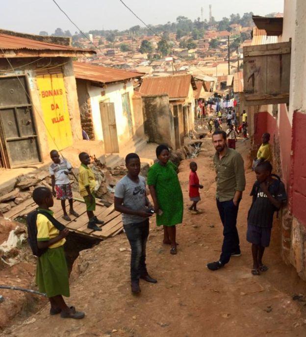 Дэниэл, Пруденс и Джейми в Кампале