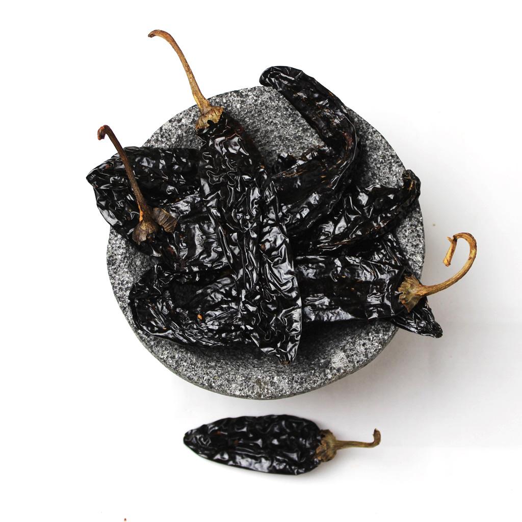 dried pasilla chillies