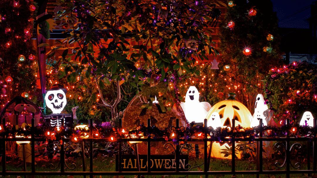 2020 scavenger hunt family Halloween activities