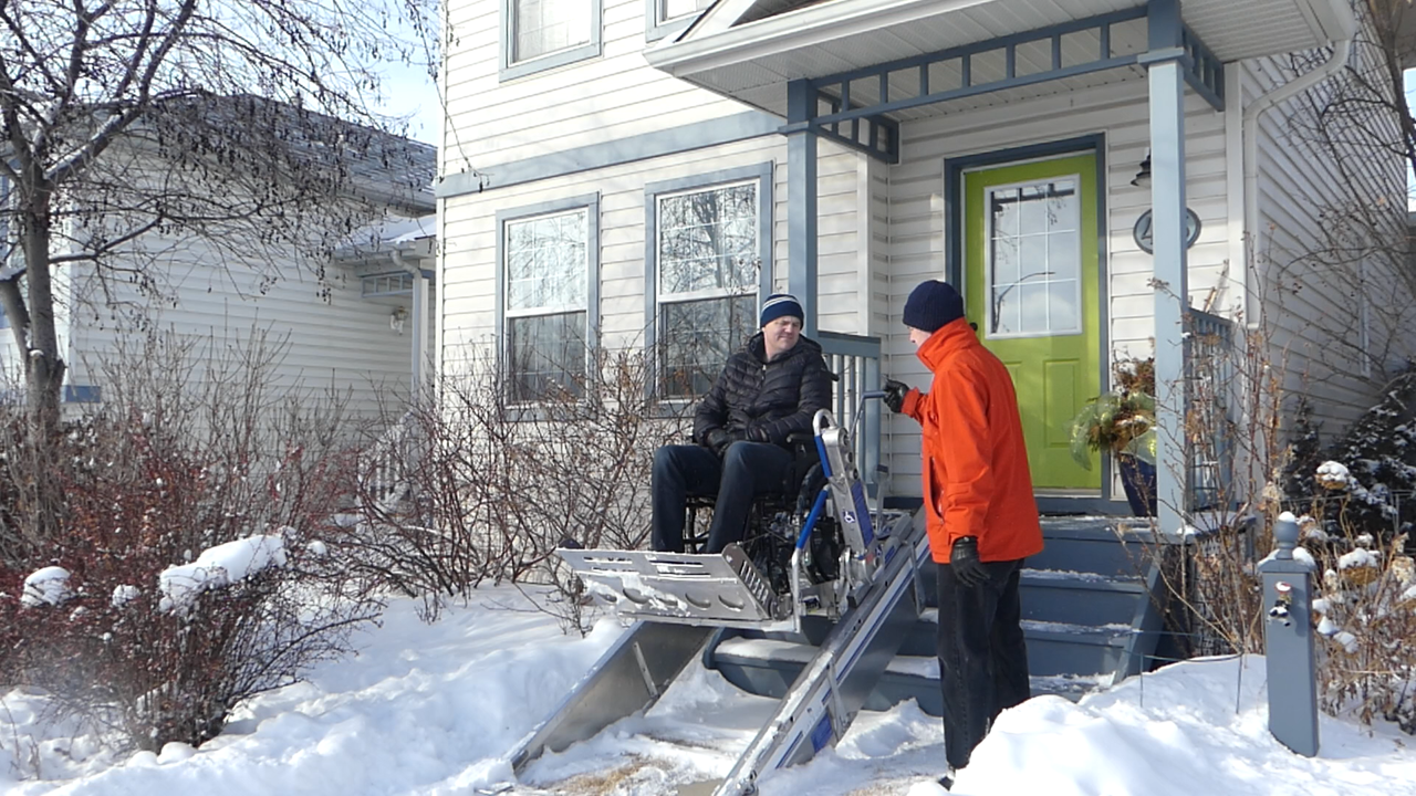 Designed in Onshape, the Lift2Go portable wheelchair lift can easily be carried and assembled by one person and does not require any batteries or electricity.