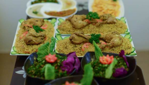 Hummus & Grill Restaurant - Lebanese and Middle Eastern Cuisine