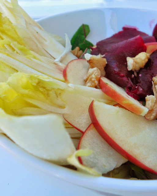 Healthy beet recipes: Beet and apple salad by Welcome to Mommyhood