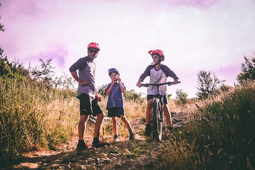 4 Tips to Plan the Best Fall Family Mountain Biking Adventure