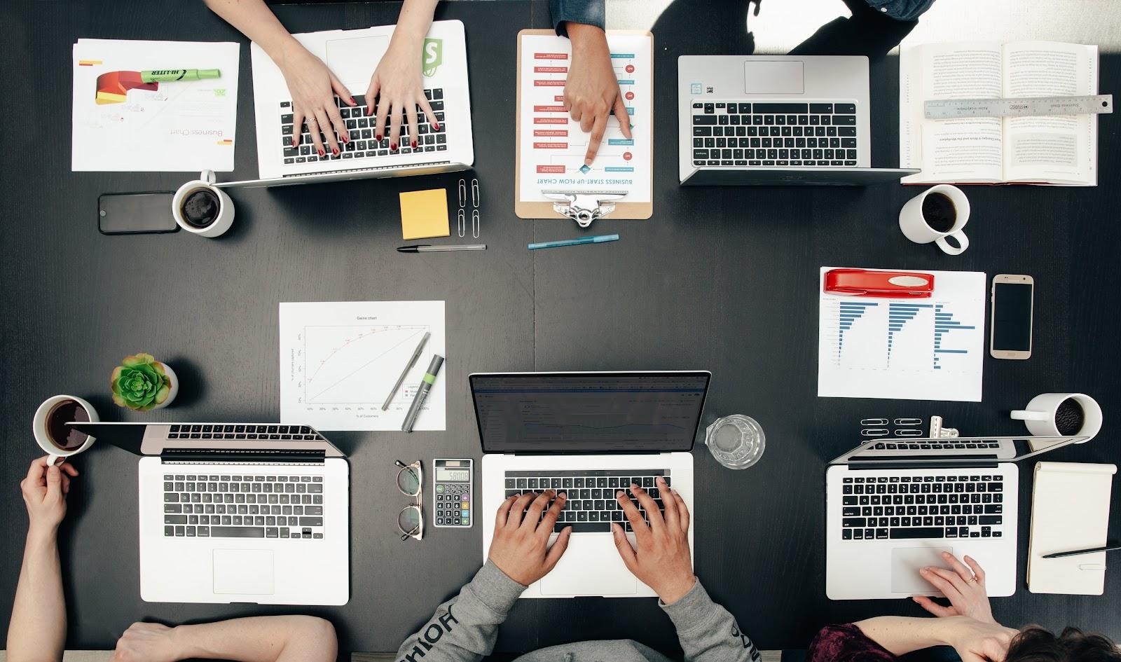 Team cooperation - successful entrepreneurs