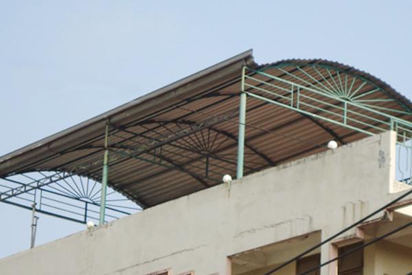 Mái tôn vòm tạo không gian thoáng đãng