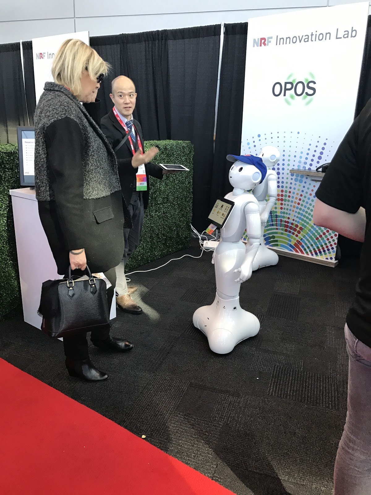robot demo at NRF
