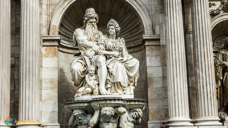 Statue of a couple of Greek gods, in Vienna