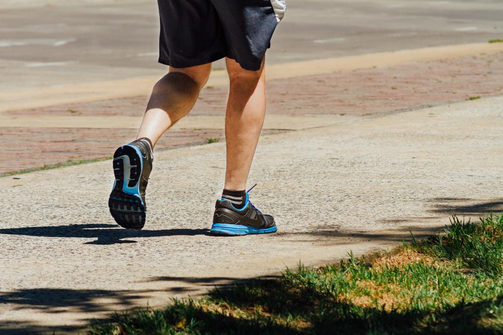 Dedicar tempo à realização de atividades físicas é fundamental para a saúde física e a mental. (Fonte: Shutterstock)