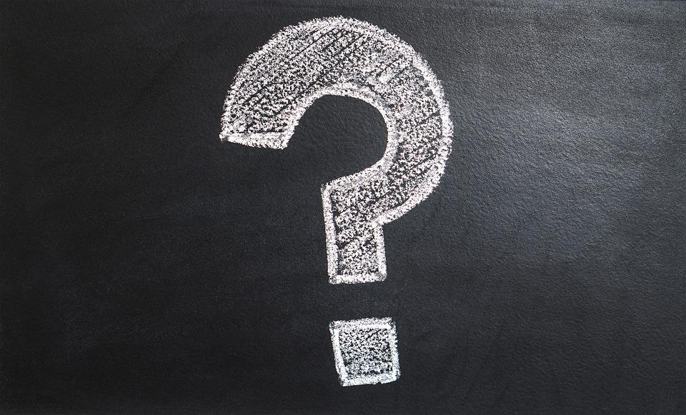 質問マーク, なぜ, 問題, ソリューション, 思う, チョーク ボード, どのような, どこ, とき