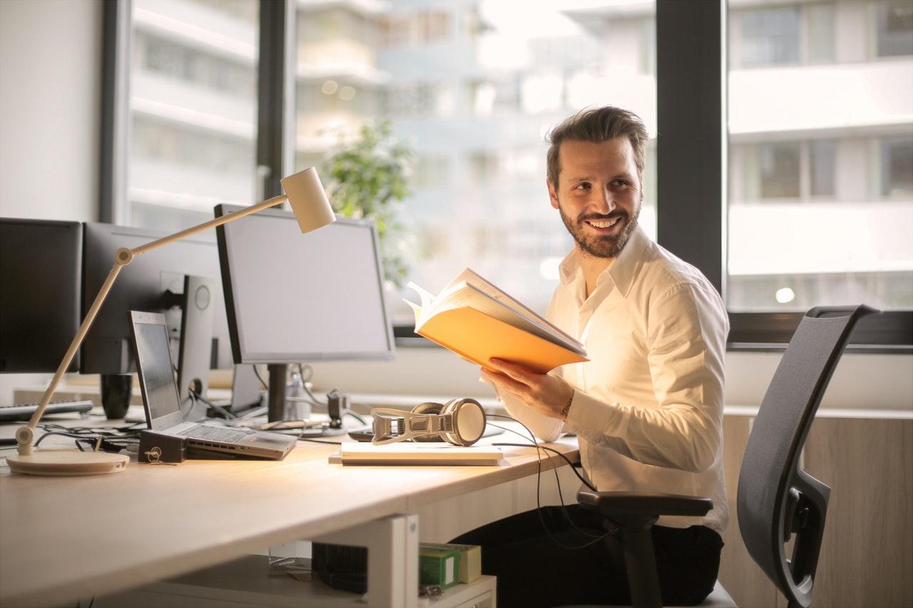 Já pensou estar no trabalho com um sorriso desses no rosto?