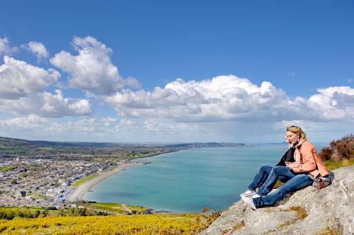 愛爾蘭打工遊學打工度假必去景點Bray海水浴場1