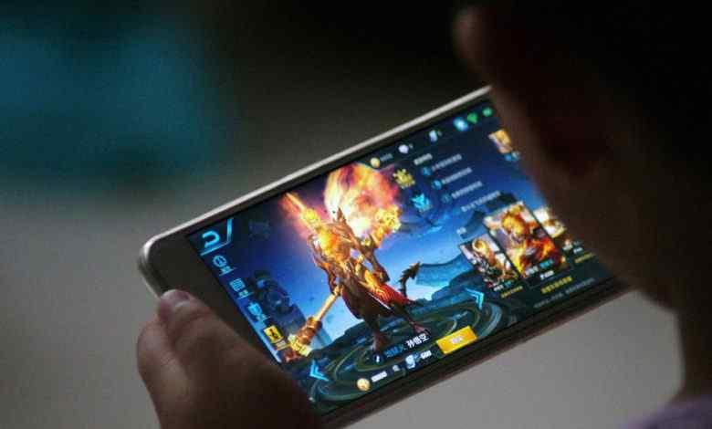 Cổ phiếu ngành game Trung Quốc lao dốc