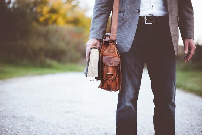 In Jeans auf die Hochzeit. Inspiration für ein etwas lockeres Outfit. Gutes Outfit für den Mann.