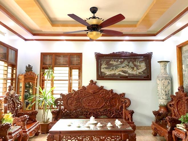 Các bạn nên chú ý độ cao từ trần nhà đến sàn nhà trước khi chọn quạt trần có đèn cao cấp