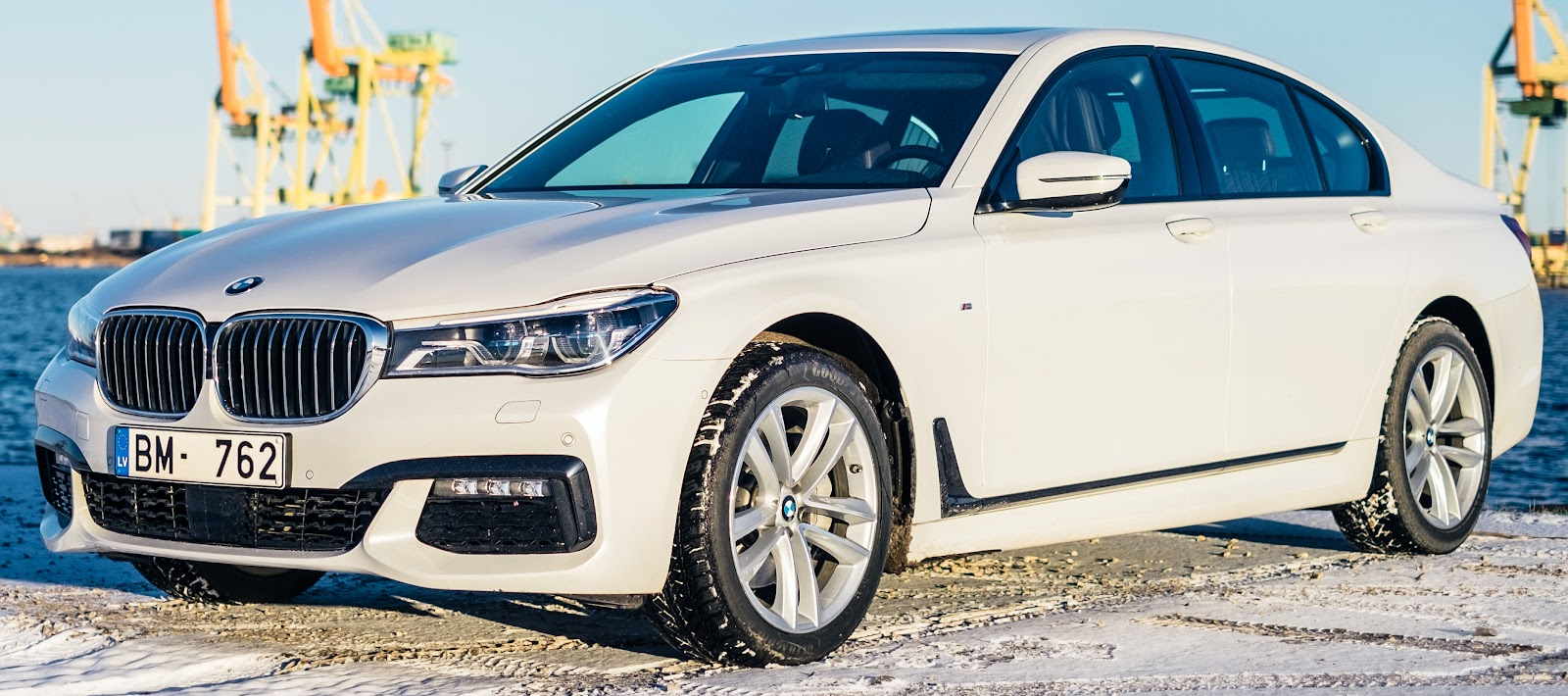 Photo of BMW 7-series sedan: 71% 5-year depreciation rate