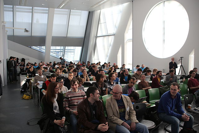 640px-Audience_of_LGM_2014_on_Day_2.JPG