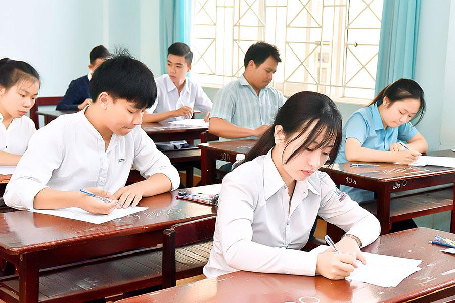 Việc chủ động theo dõi những thay đổi về lịch tuyển sinh sẽ giúp thí sinh chuẩn bị tốt hơn cho kỳ thi