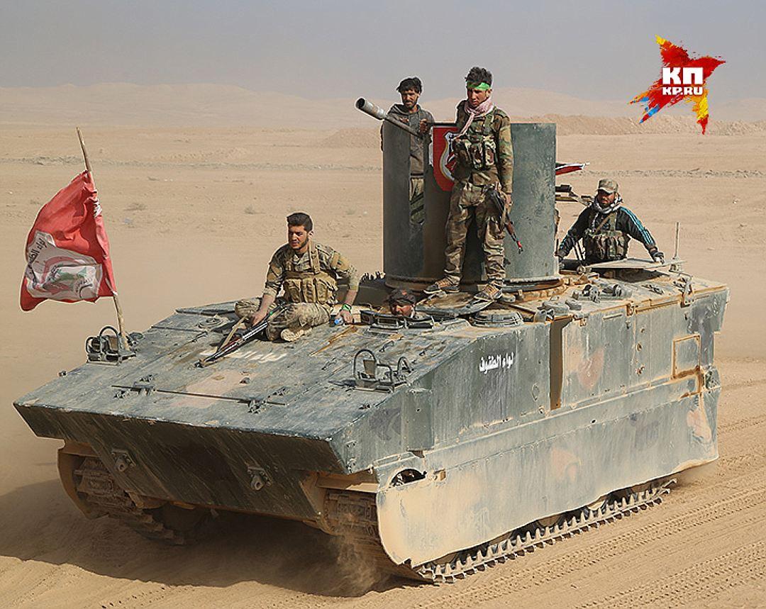 Одна из чудо-машин едет воевать с террористами. Фото: Александр КОЦ, Дмитрий СТЕШИН