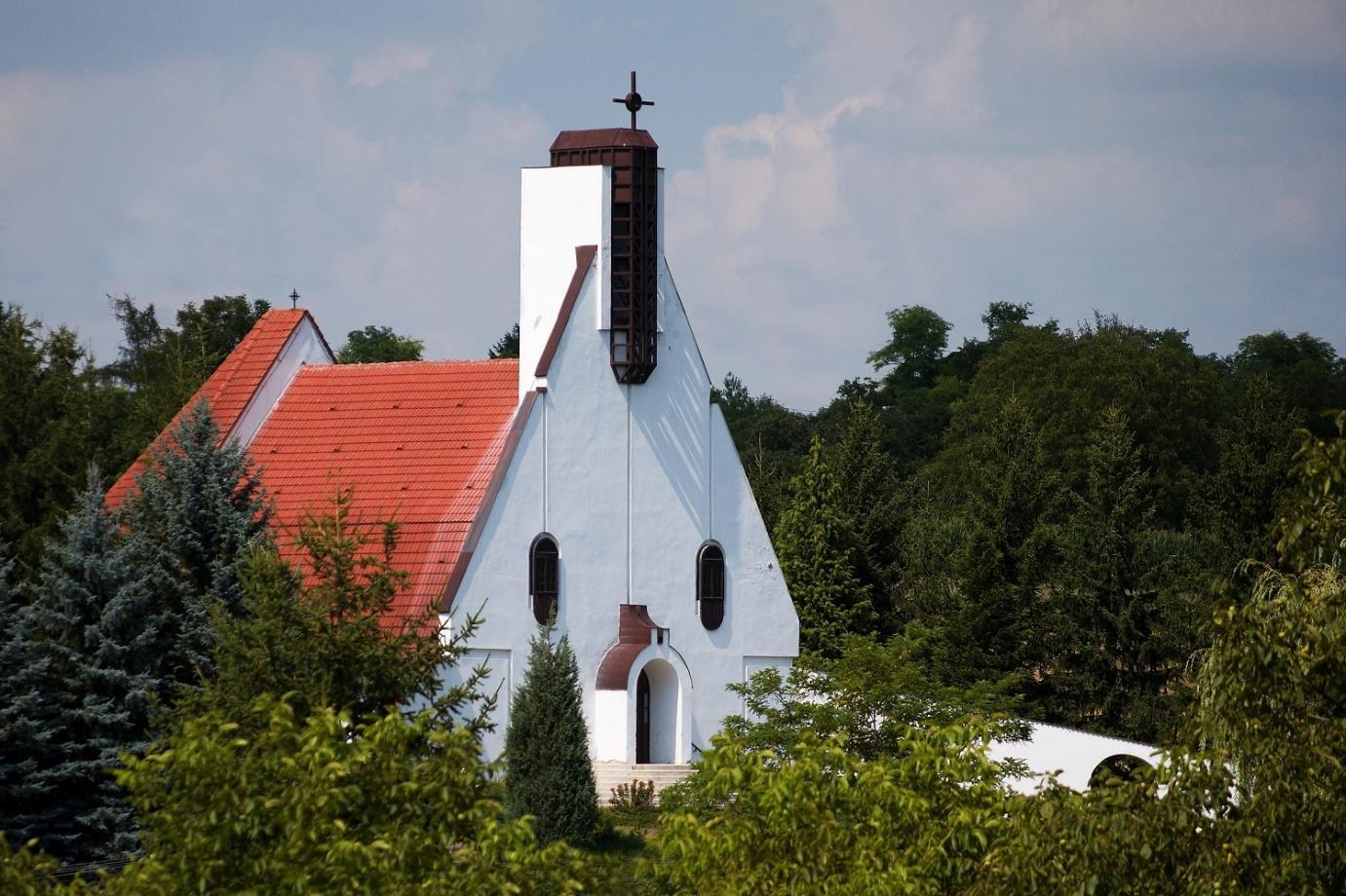 Magyarok Nagyasszonya Római Katolikus Templom, Alsónemesapáti