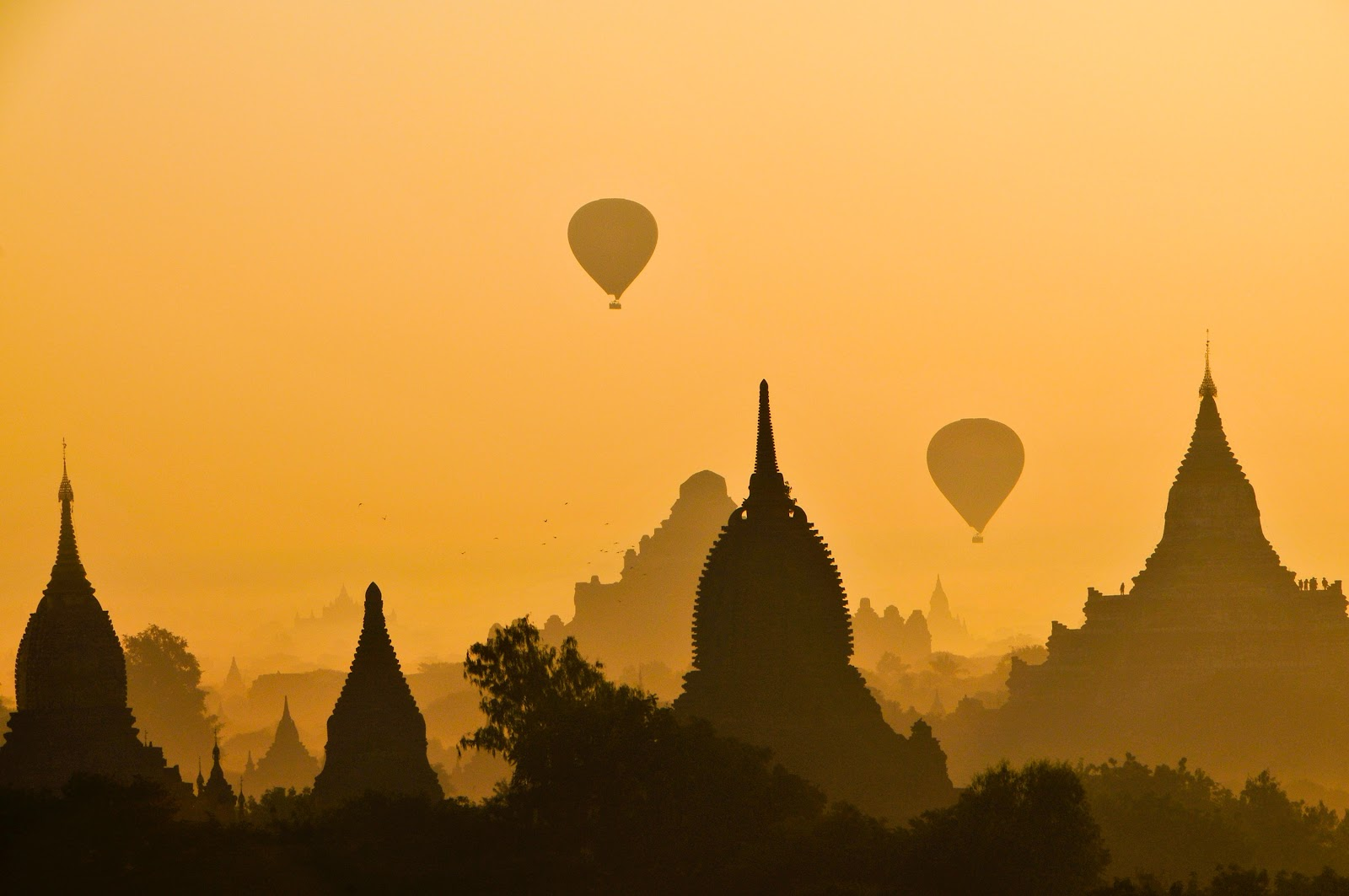 Balloon at sunrise, Thailand, Temples,