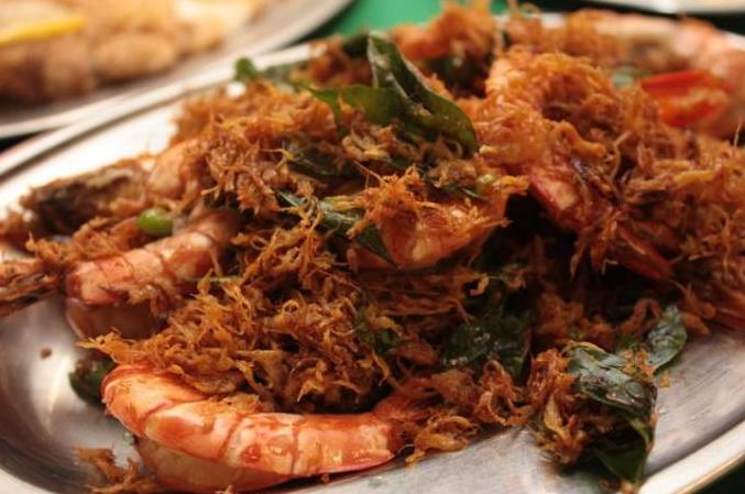 Makanan yang anda kena cuba bila berada di Ampang