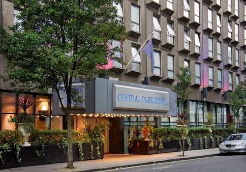 Central Park Hotel salah satu hotel murah di London yang direkomendasikan