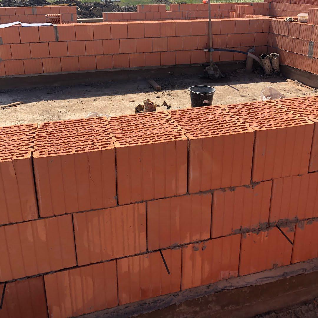 http://orenburg.brick360.ru/upload/iblock/b87/b87d489cd6a0977189b22cfe4b9d5ddf.jpg