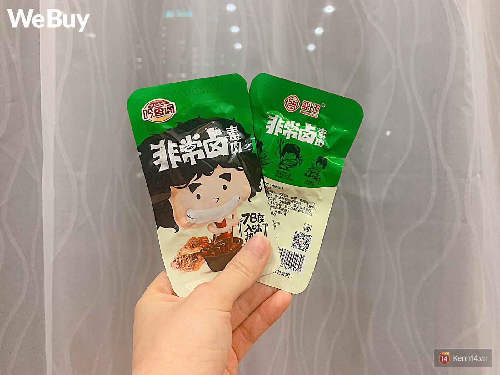 """Review set đồ ăn vặt nội địa Trung Quốc hot hit gần đây: Lung linh hấp dẫn là thế nhưng ăn thử mới thấy như bị... """"lừa tình"""" - Ảnh 13."""