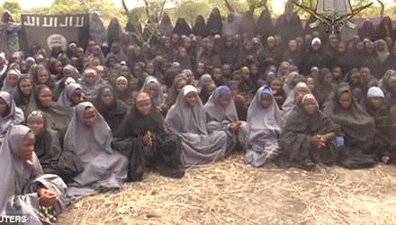 Những nữ sinh bị bắt cóc