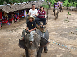 CHIANGMAI 4U TOURLicense Tour Guide from TAT and All Tour Guide are Local Native ChiangMai  ChiangMai Local Tour Guide