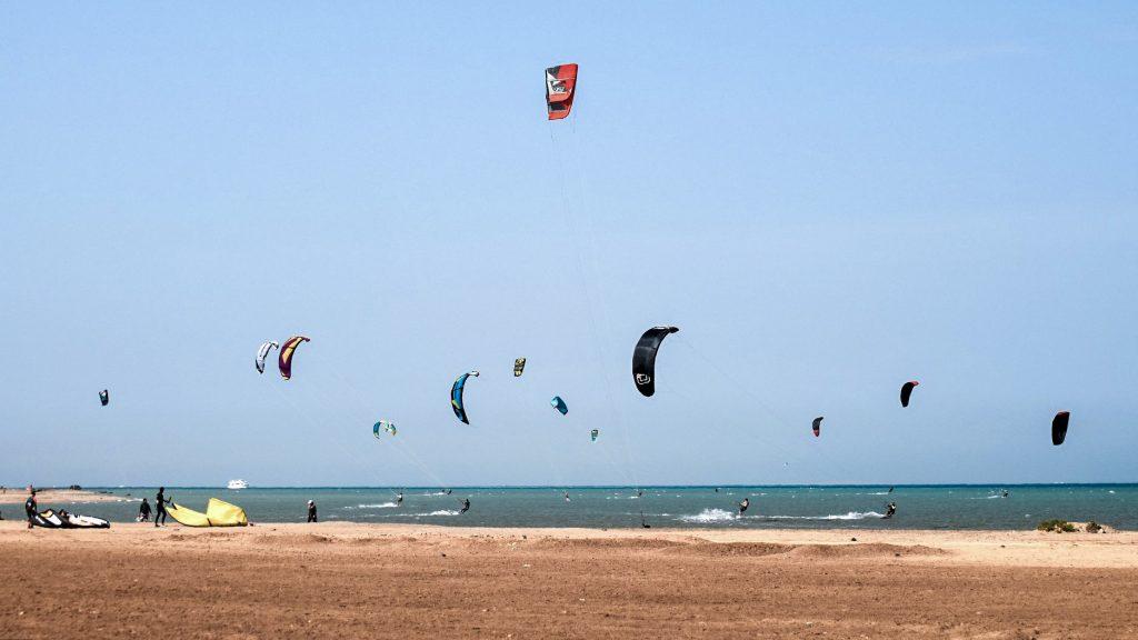 обучение кайтсерфингу в Египте
