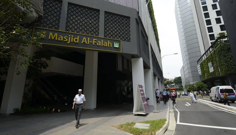 Perform Terawih at Masjid Al-Falah