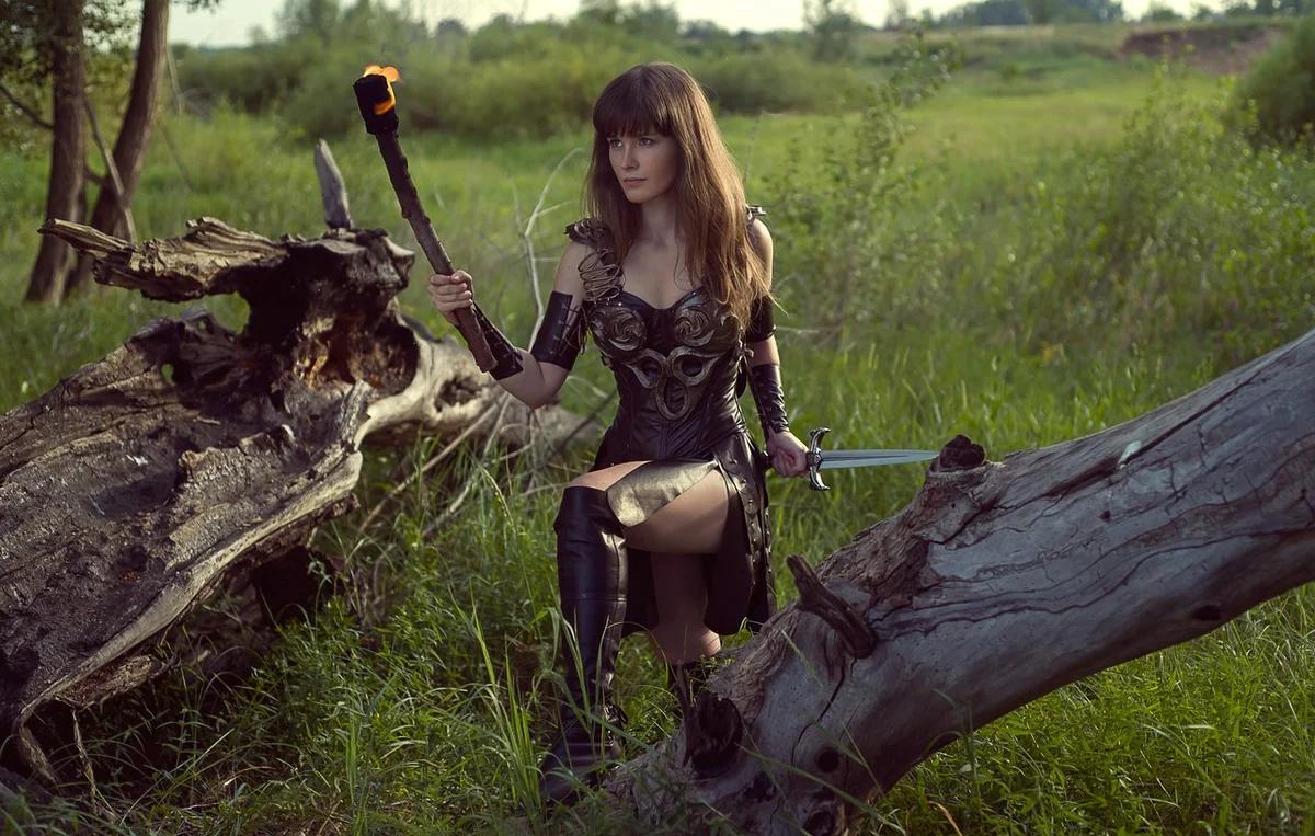 Сверкающие доспехи и смелые воительницы — рыцарский пятничный косплей