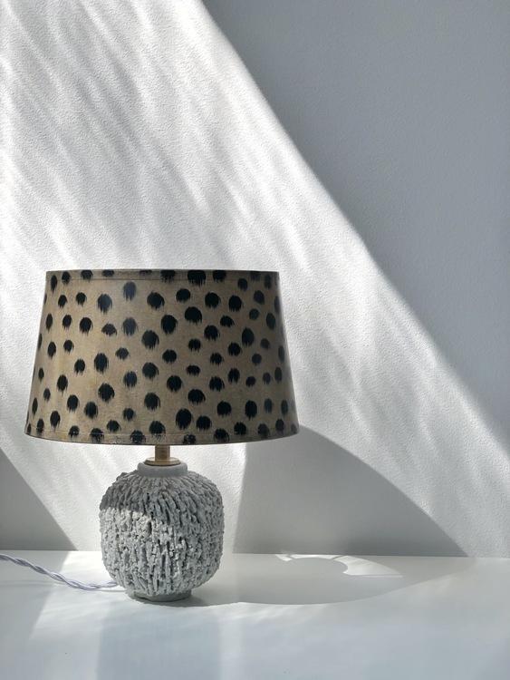 Create symmetry with vintage lighting | Vinterior
