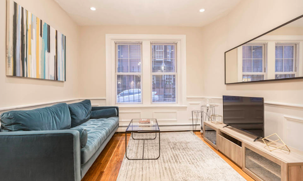 Ten Expert Hacks for Decorating a Rental Apartment