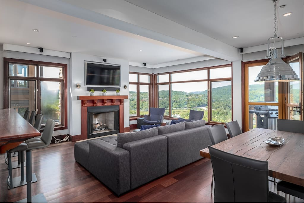 Cottages for Rent with Spa in Tremblant  #15