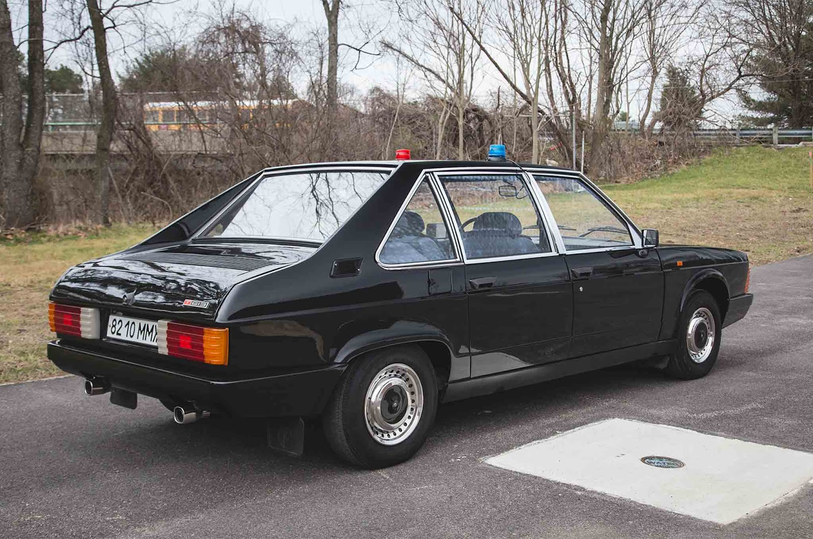 1989-Tatra-613-3-rear-three-quarter-01.jpg
