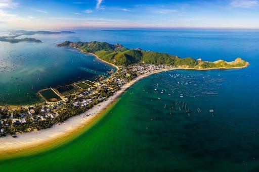 Việt Nam - Điểm đến Du lịch hàng đầu thế giới