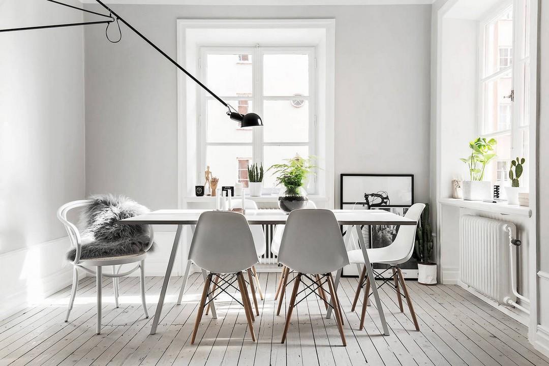 Salle de réunion avec mise en valeur de la table par l'éclairage