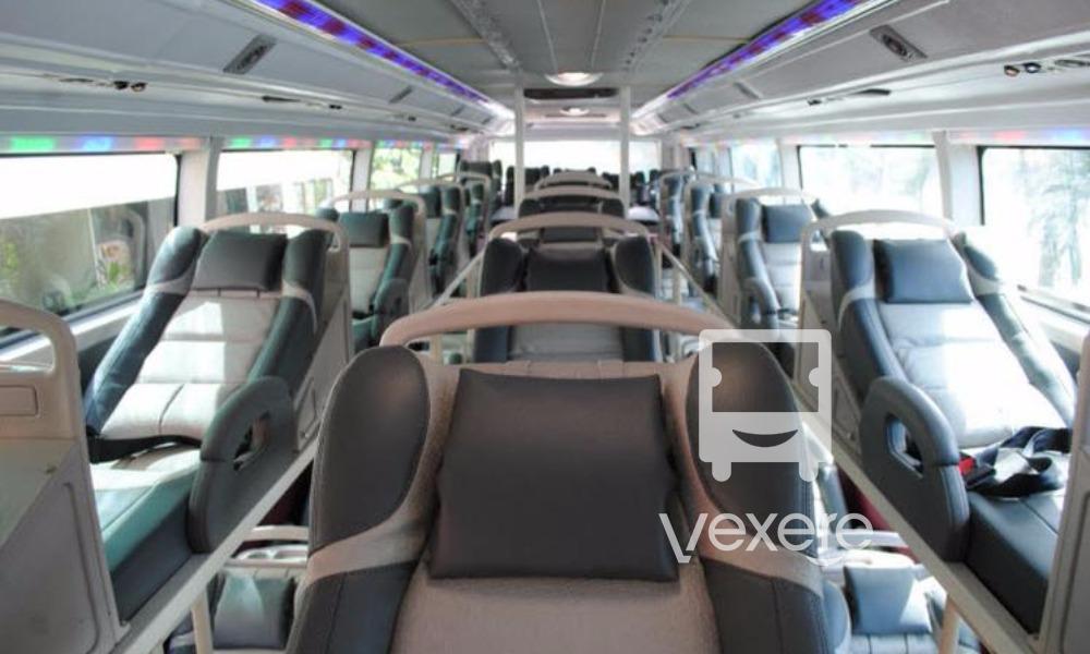 Nội thất xe Cẩm Vân đi Đà Nẵng từ Sài Gòn