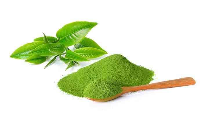 Bột trà xanh giúp da trắng sáng, giảm cân và những lưu ý khi dùng