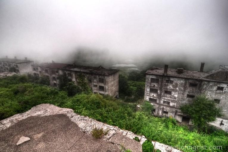 matsuo-mine-ruined-apartments4